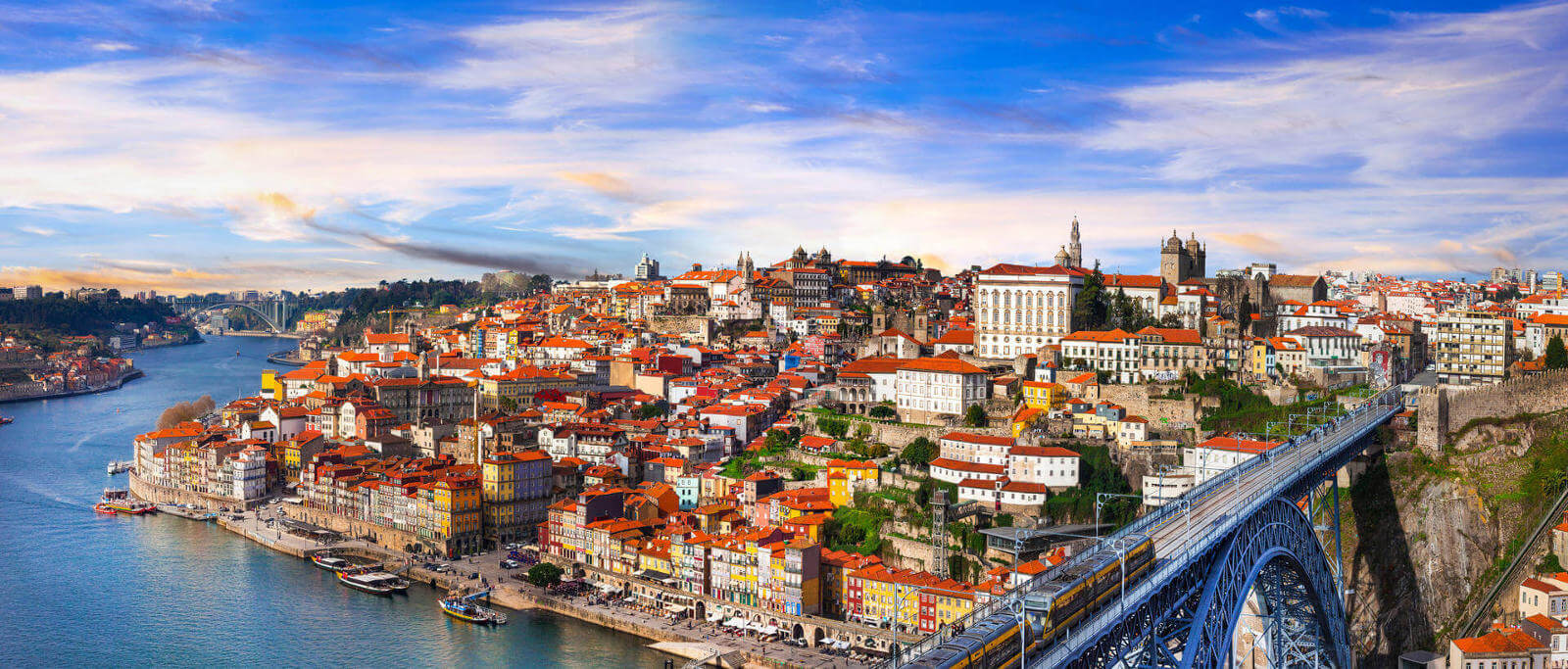 River Cruise & Wine Tasting in Oporto