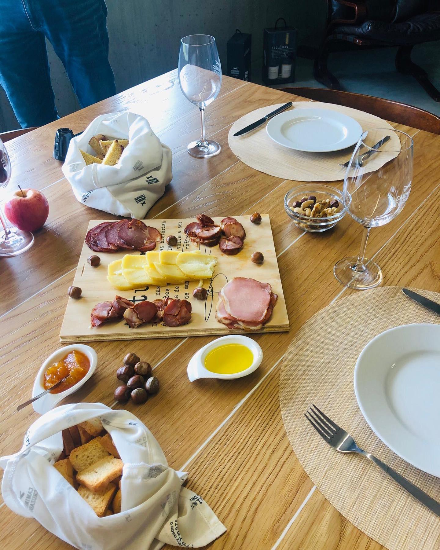 Caminhos Cruzados - Wine & Food