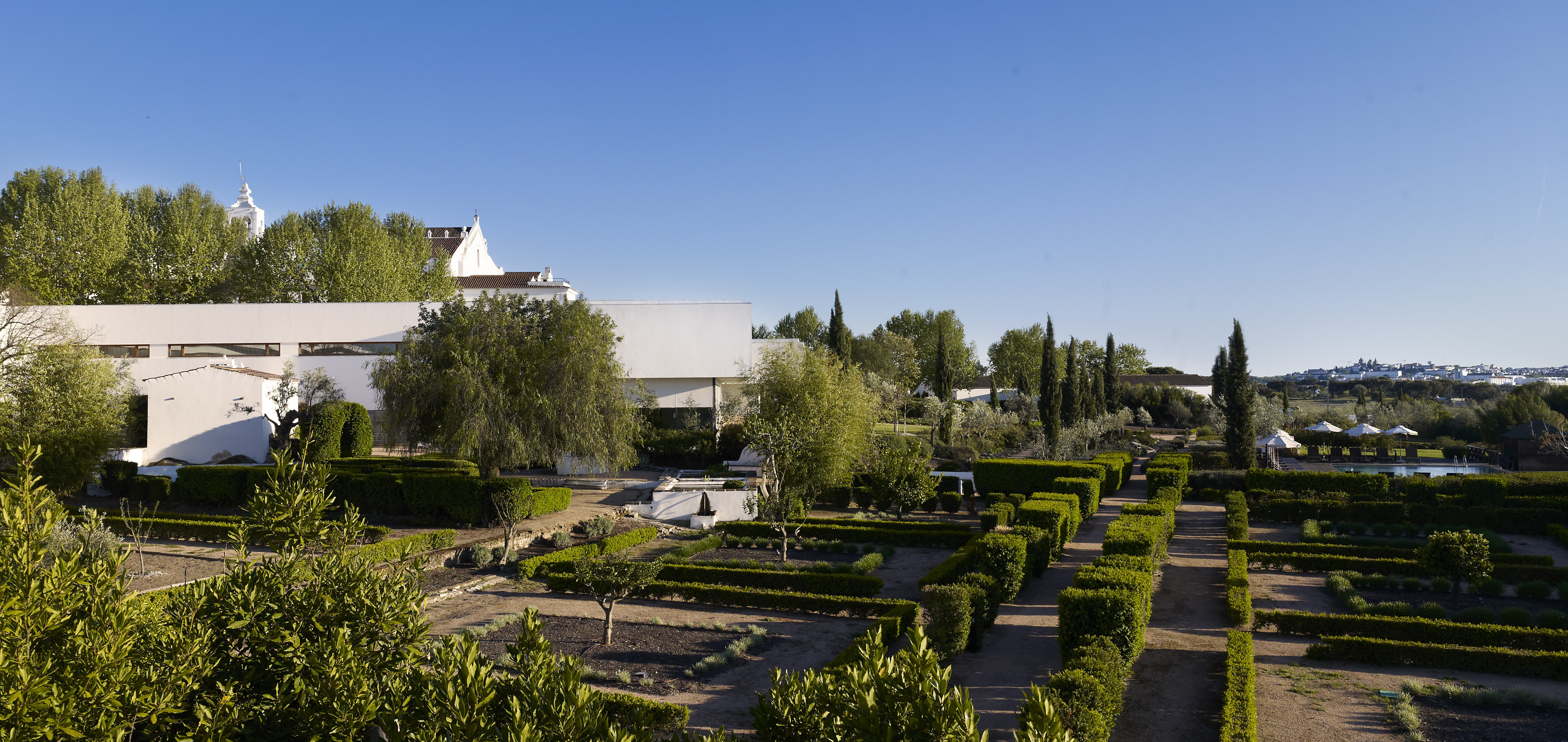 Convento do Espinheiro - Terapias & História