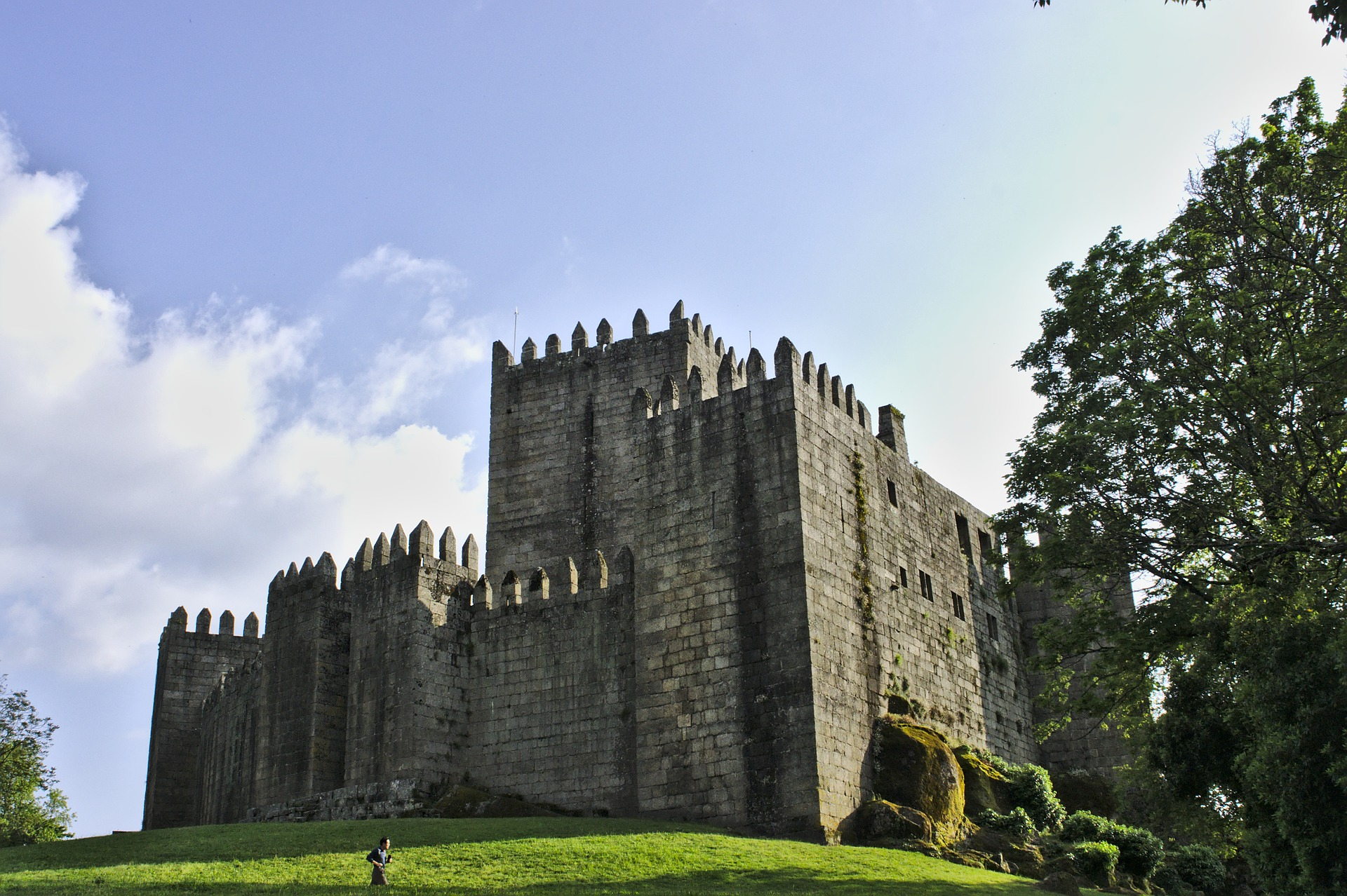 Guimarães Historic Center & Vinhos Verdes Region