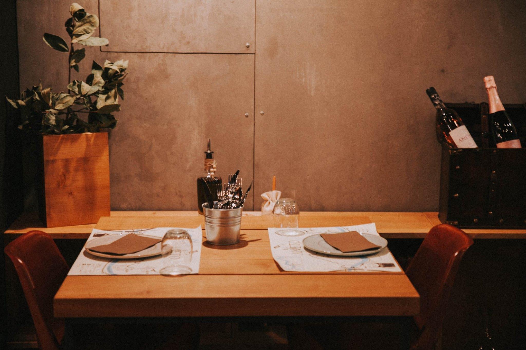 Aneto Wines -Adega & Mesa