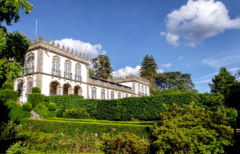 Parador Casa da Ínsua – History & Culture